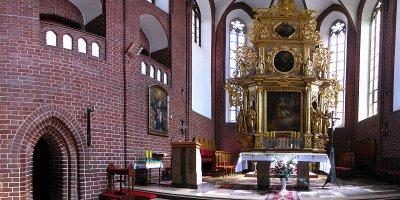 Kolegiata: ołtarz główny